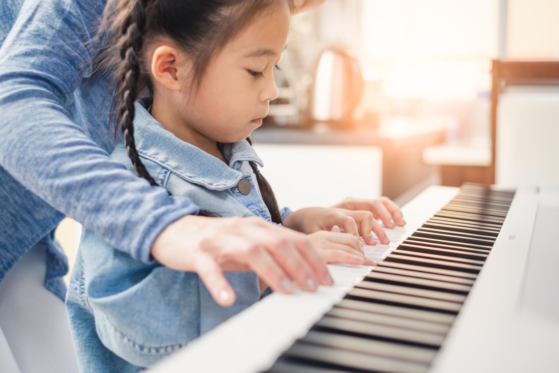 Klavier finanzieren: Diese Möglichkeiten gibt es